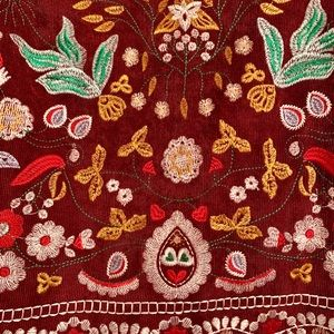 Embroidered burgundy high waisted skirt
